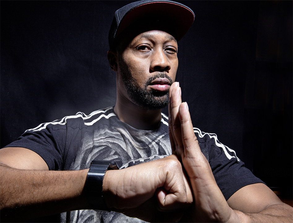 RZA gets ready to lovingly smash U-God's head in